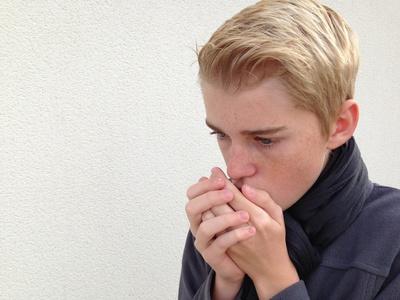 Delicieux Von Den Handflächen Bis In Die Fingerspitzen Hinein Sorgt Kälte Für  Kribbeln, Schmerzen Und Taubheit. Kalte Hände Sind Ein Zeichen Für Schlecht  Durchblutete ...