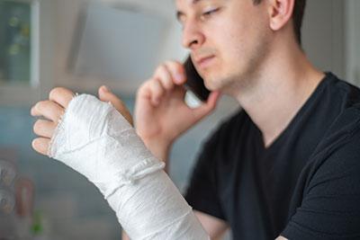 Arm gebrochen gips oder schiene