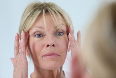 Falten Ursachen Behandlung Hilfe Medlexide