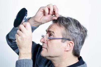 30 mit graue frau ursachen haare Graue Haare: