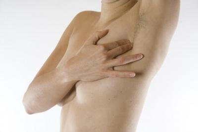Knubbel unter der brustwarze mann